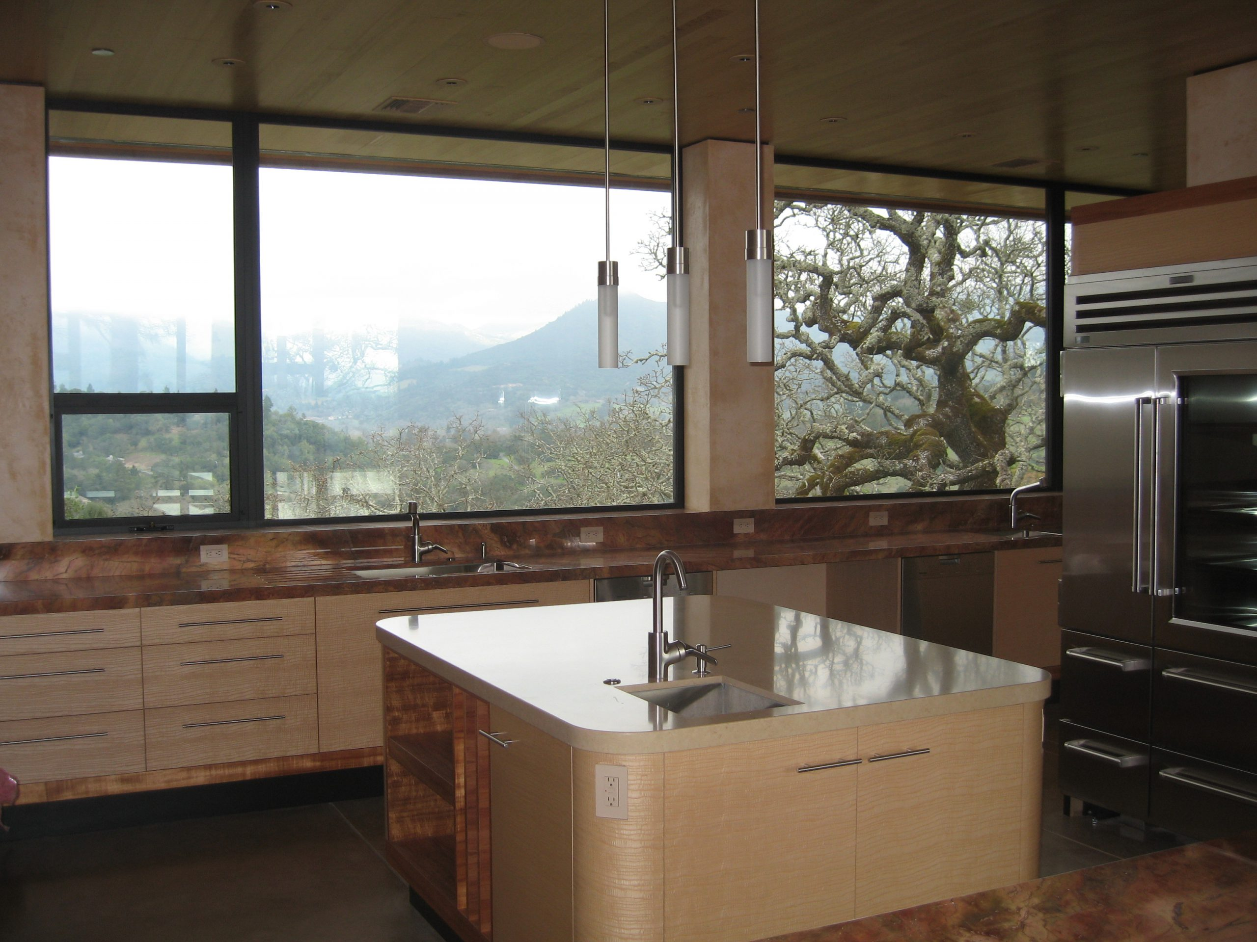 Hire your local marin county glass company and get great service, great prices and on-time production